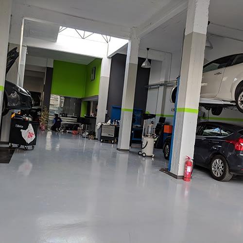 Givisis automotice 8 ανυψωτικά μηχανήματα και πέντε ακόμα θέσεις εργασίας